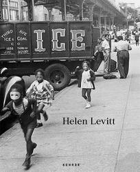 : Helen Levitt.