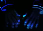 Laurie Tümer: Glowing Evidence: Hector's Hands